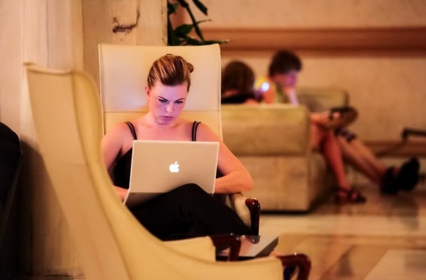 Отели всё активнее внедряют современные технологии