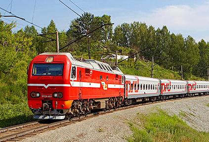 «Библио-Глобус» первым среди туроператоров включил билеты на поезд в состав своих турпакетов