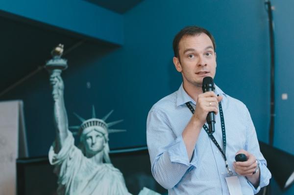 Дмитрий Мигачев, руководитель управления страхования пассажиров компании АльфаСтрахование / Фото: Артем Сизов