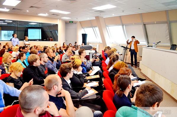 Артём Гроза, руководитель по развитию контекстной рекламы компании Ашманов и партнеры