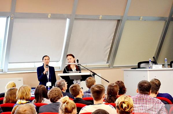 Петя Милкова и Екатерина Волкова, региональные менеджеры компании Booking.com